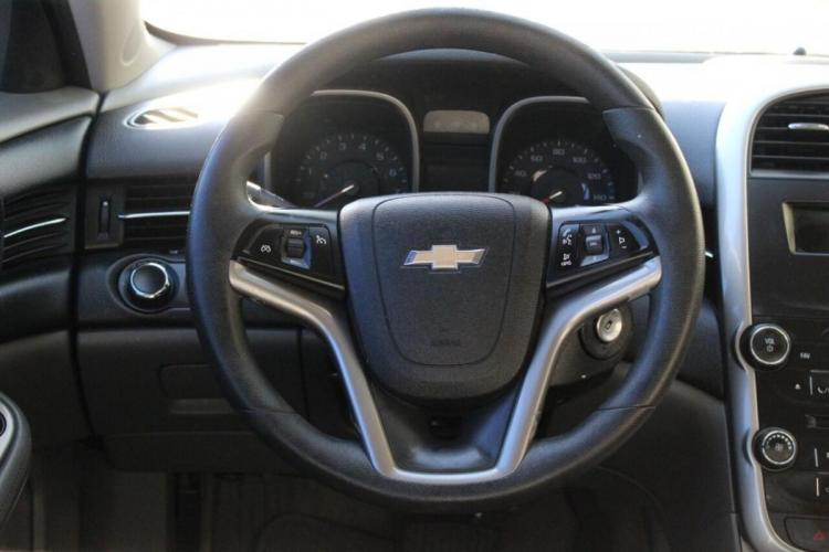 2014 Azul Chevrolet Malibu (1G11B5SL9EF) with an 2.5L I4 2.5L I4 engine, Automatic 6-Speed transmission, located at 16710 Clay Rd., Houston, TX, 77084, (281) 859-7900, 29.834864, -95.656166 - Photo #7
