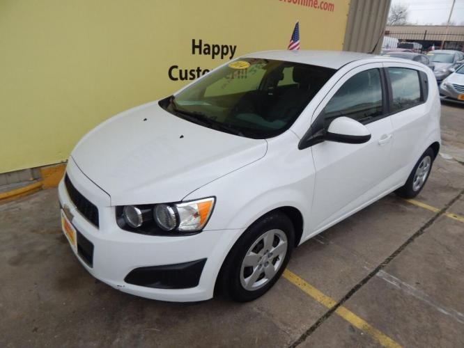 2014 White Chevrolet Sonic (1G1JA6SH7E4) with an 1.8L I4 1.8L I4 engine, Automatic 6-Speed transmission, located at 4509 Highway 6 North, Houston, TX, 77084, (281) 859-4646, 29.848997, -95.645760 - Photo #8