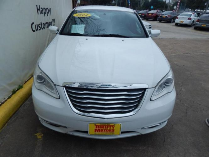 2014 White Chrysler 200 (1C3CCBAB6EN) with an 2.4L I4 2.4L I4 engine, Automatic 4-Speed transmission, located at 4509 Highway 6 North, Houston, TX, 77084, (281) 859-4646, 29.848997, -95.645760 - Photo #1