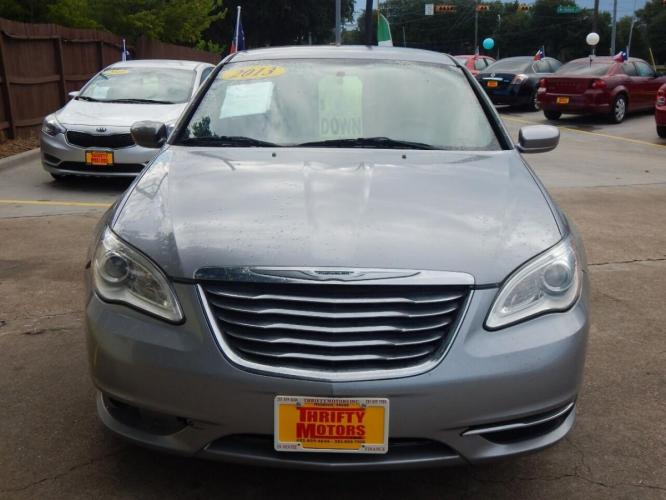 2013 Gray Chrysler 200 (1C3CCBAB4DN) with an 2.4L I4 2.4L I4 engine, Automatic 6-Speed transmission, located at 4509 Highway 6 North, Houston, TX, 77084, (281) 859-4646, 29.848997, -95.645760 - Photo #1