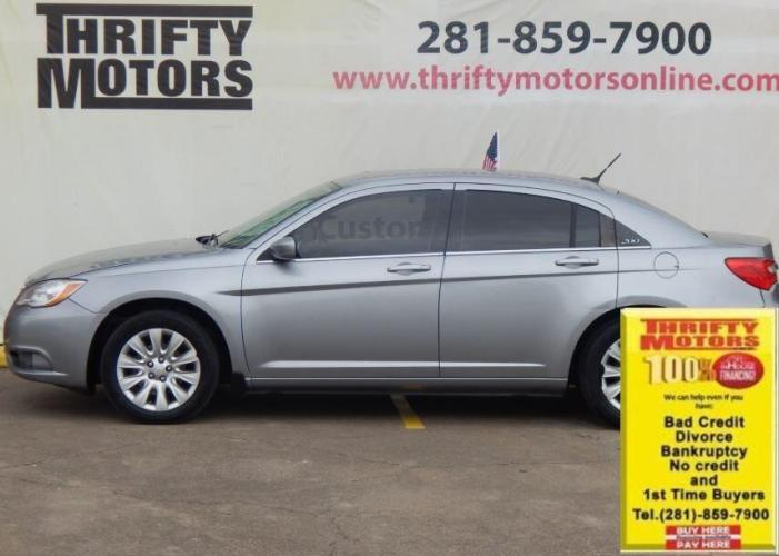 2014 Gray Chrysler 200 (1C3CCBABXEN) with an 2.4L I4 2.4L I4 engine, Automatic 4-Speed transmission, located at 4509 Highway 6 North, Houston, TX, 77084, (281) 859-4646, 29.848997, -95.645760 - Photo #0