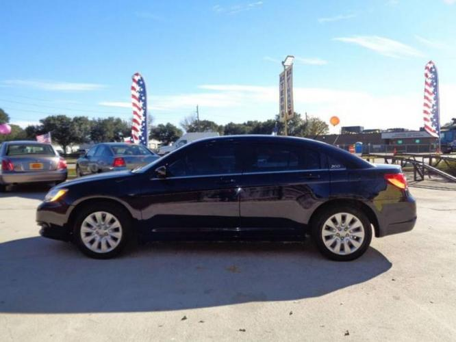 2014 Blue Chrysler 200 (1C3CCBAB6EN) with an 2.4L I4 2.4L I4 engine, Automatic 6-Speed transmission, located at 4509 Highway 6 North, Houston, TX, 77084, (281) 859-4646, 29.848997, -95.645760 - Photo #5