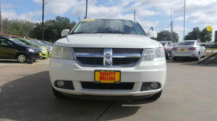 2010 White Dodge Journey (3D4PG5FV2AT) with an 3.5L V6 3.5L V6 engine, Automatic 6-Speed transmission, located at 4509 Highway 6 North, Houston, TX, 77084, (281) 859-4646, 29.848997, -95.645760 - Photo #14