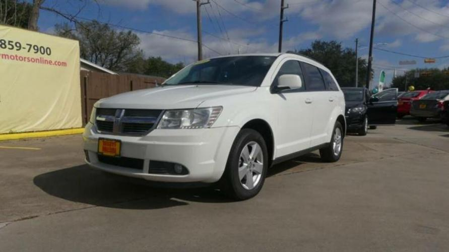 2010 White Dodge Journey (3D4PG5FV2AT) with an 3.5L V6 3.5L V6 engine, Automatic 6-Speed transmission, located at 4509 Highway 6 North, Houston, TX, 77084, (281) 859-4646, 29.848997, -95.645760 - Photo #16